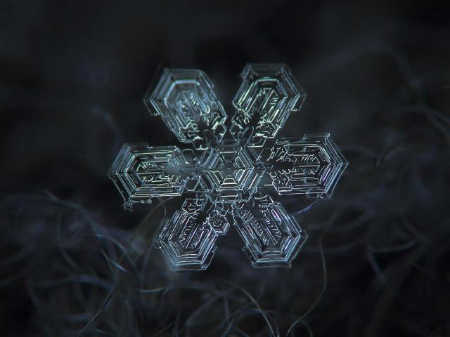 Flocos-de-Neve-floco-médio-cerca-de-4-mm