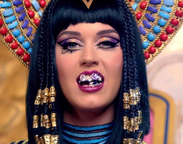 katy-perry-makeup-dark-horse