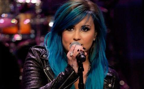 demi-lovato-cabelo-azul44666
